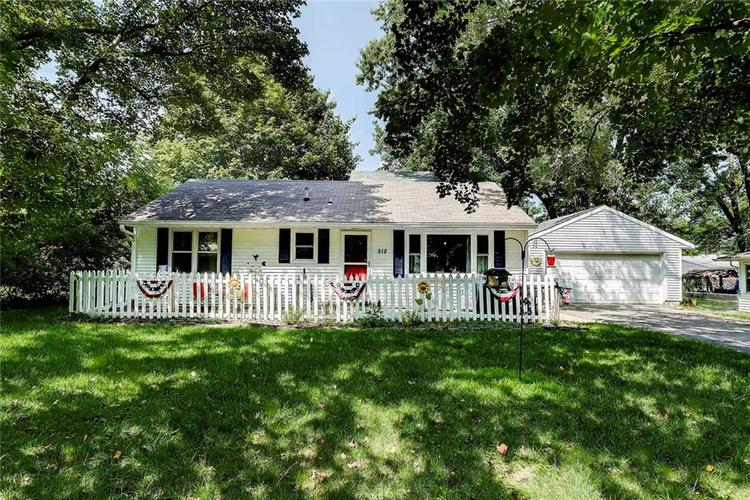 512 Sycamore St Westfield, IN 46074 | MLS 21665984 | photo 1