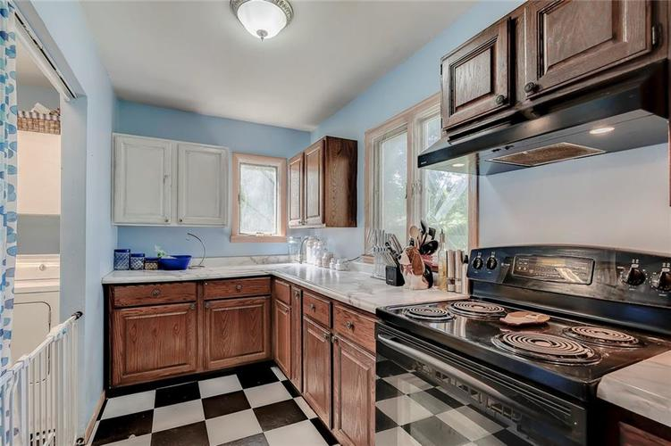 512 Sycamore St Westfield, IN 46074 | MLS 21665984 | photo 11