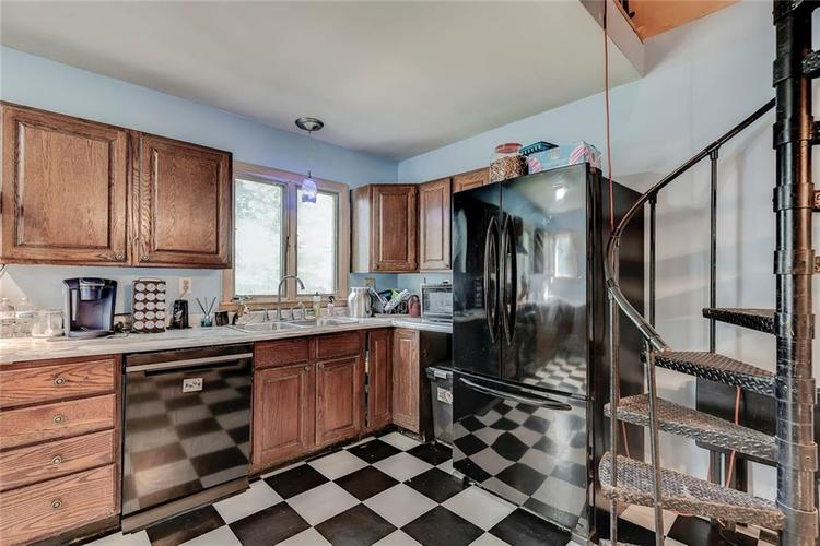 512 Sycamore St Westfield, IN 46074 | MLS 21665984 | photo 12