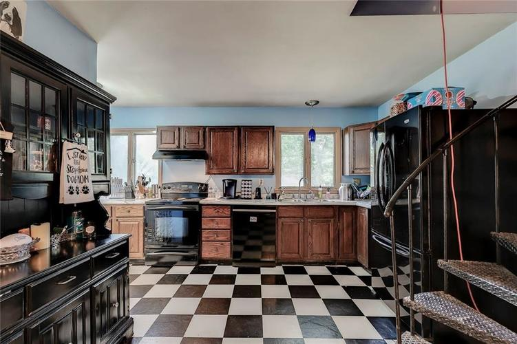 512 Sycamore St Westfield, IN 46074 | MLS 21665984 | photo 13