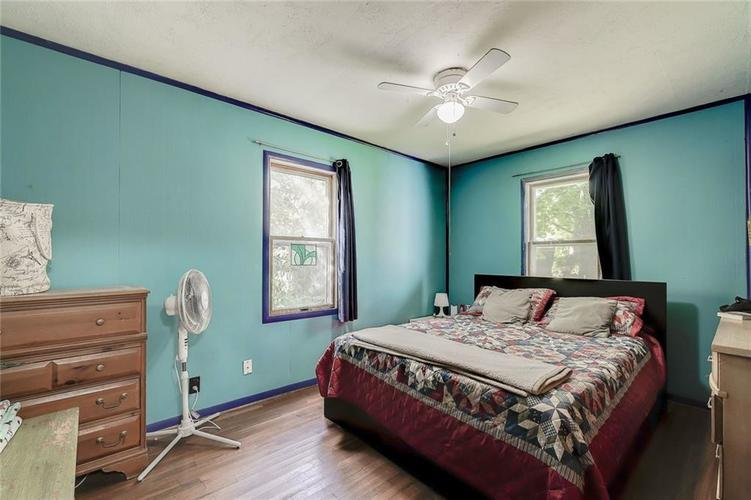 512 Sycamore St Westfield, IN 46074 | MLS 21665984 | photo 21