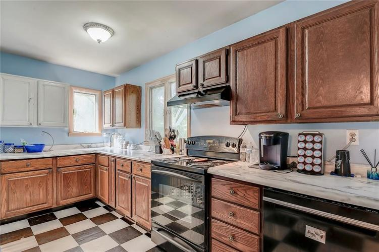512 Sycamore St Westfield, IN 46074 | MLS 21665984 | photo 8