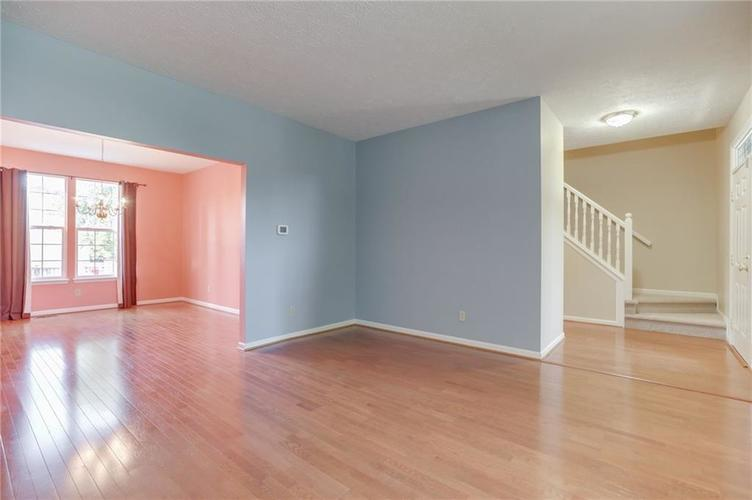 107 Kingsview Drive Mooresville, IN 46158 | MLS 21666100 | photo 11