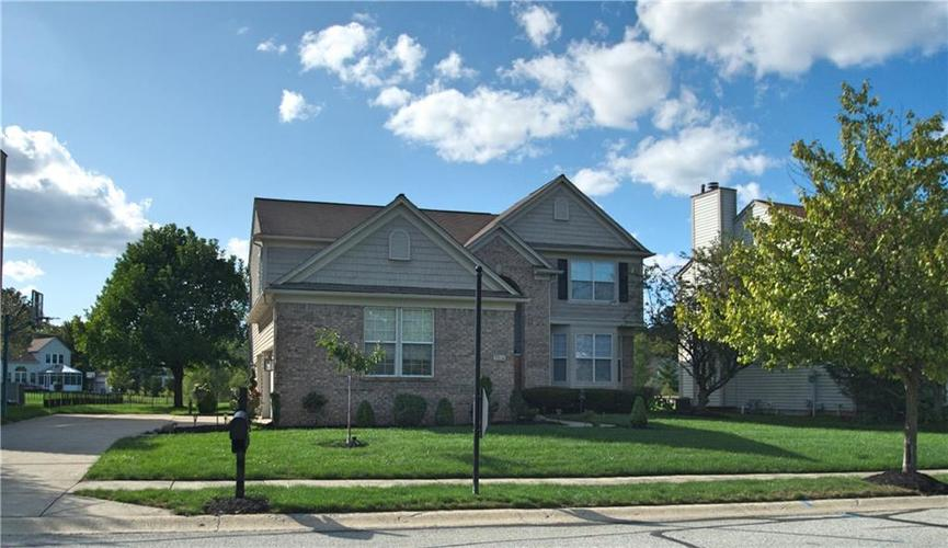 7764  PRAIRIE VIEW Drive Indianapolis, IN 46256 | MLS 21666135