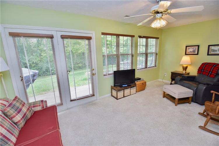 1603 Stable Circle Indianapolis, IN 46239 | MLS 21666144 | photo 10
