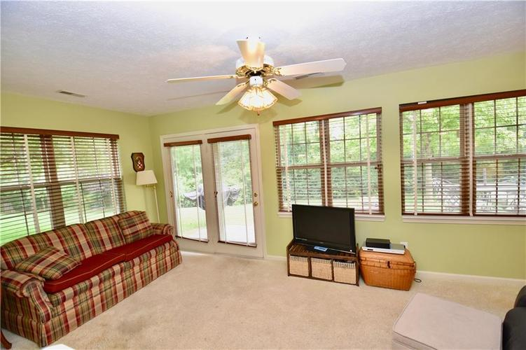 1603 Stable Circle Indianapolis, IN 46239 | MLS 21666144 | photo 11
