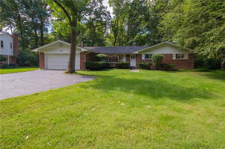 817  Holliday Lane Indianapolis, IN 46260 | MLS 21666273