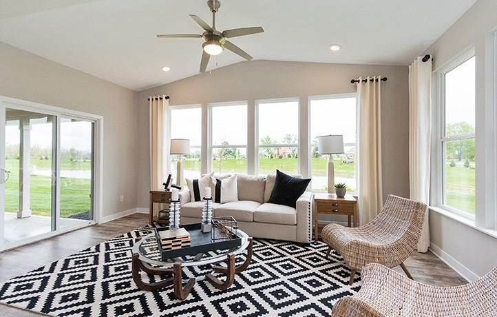 12012 Prominence Place Fishers, IN 46037 | MLS 21666275 | photo 10