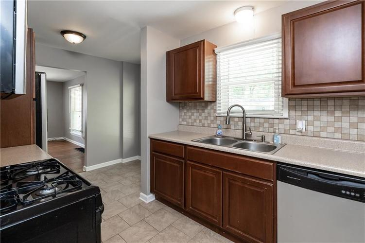 1819 E 66th Street Indianapolis, IN 46220 | MLS 21666292 | photo 11