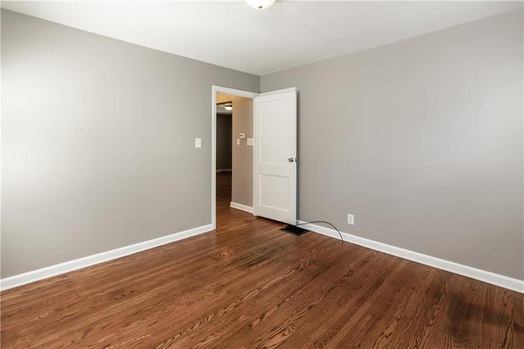 1819 E 66th Street Indianapolis, IN 46220 | MLS 21666292 | photo 17
