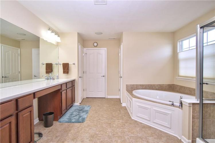 13071 Knights Way Fishers, IN 46037 | MLS 21666365 | photo 19