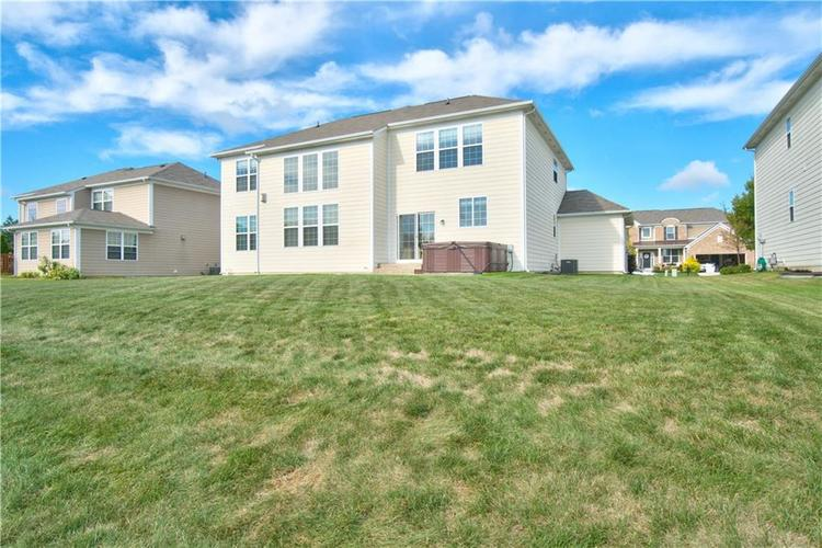 13071 Knights Way Fishers, IN 46037 | MLS 21666365 | photo 39