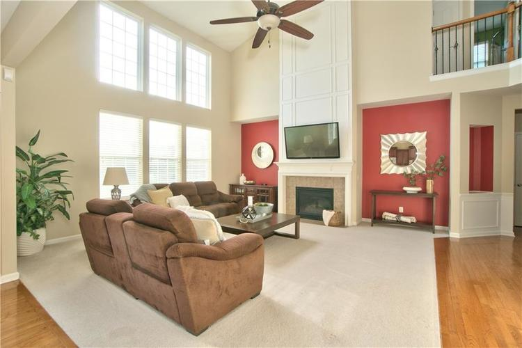 13071 Knights Way Fishers, IN 46037 | MLS 21666365 | photo 8