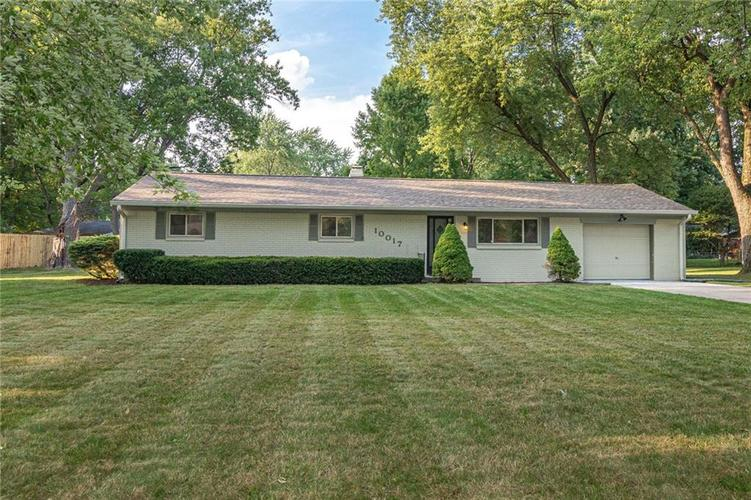10017 ORCHARD PARK Drive W Indianapolis, IN 46280 | MLS 21666370 | photo 1