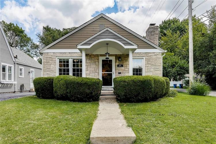 6103 Kingsley Drive Indianapolis, IN 46220 | MLS 21666384 | photo 2