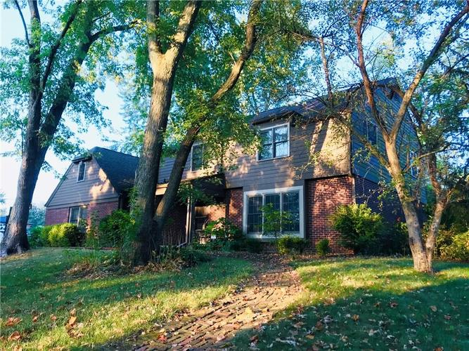 7512  CAMELBACK Drive Indianapolis, IN 46250 | MLS 21666385