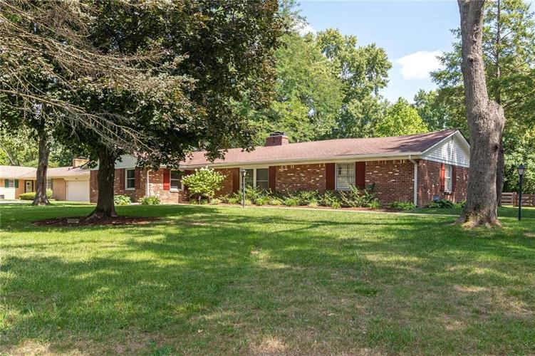 7945 N WHITTIER Place Indianapolis, IN 46250   MLS 21666398   photo 2