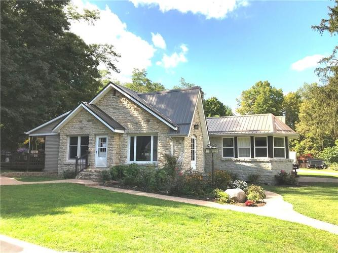 4010 W State Road 32 Crawfordsville, IN 47933 | MLS 21666406 | photo 1