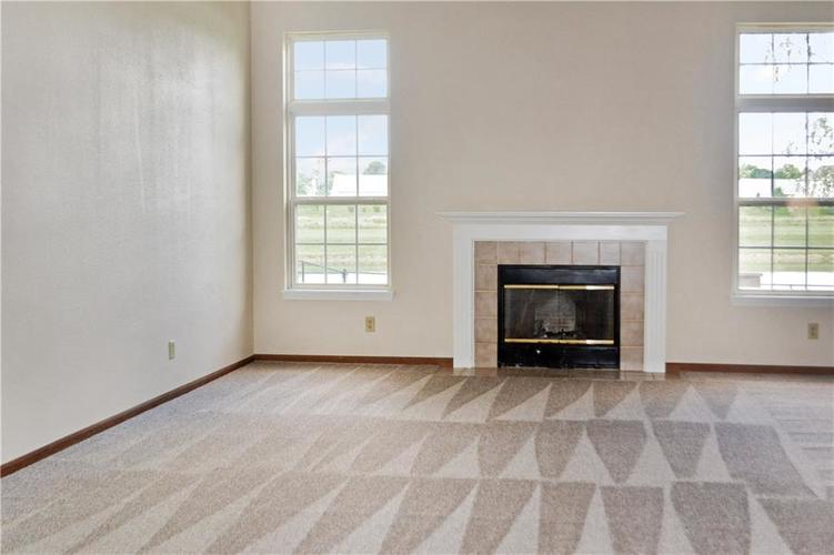 1326 Blue Grass Parkway Greenwood, IN 46143 | MLS 21666422 | photo 10