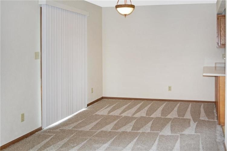 1326 Blue Grass Parkway Greenwood, IN 46143 | MLS 21666422 | photo 11