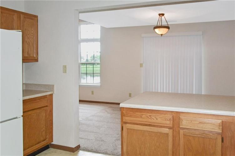 1326 Blue Grass Parkway Greenwood, IN 46143 | MLS 21666422 | photo 14