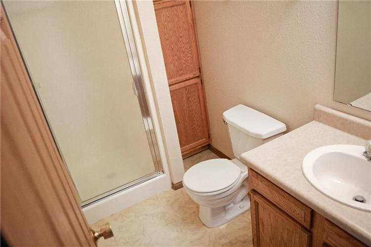 1326 Blue Grass Parkway Greenwood, IN 46143 | MLS 21666422 | photo 21
