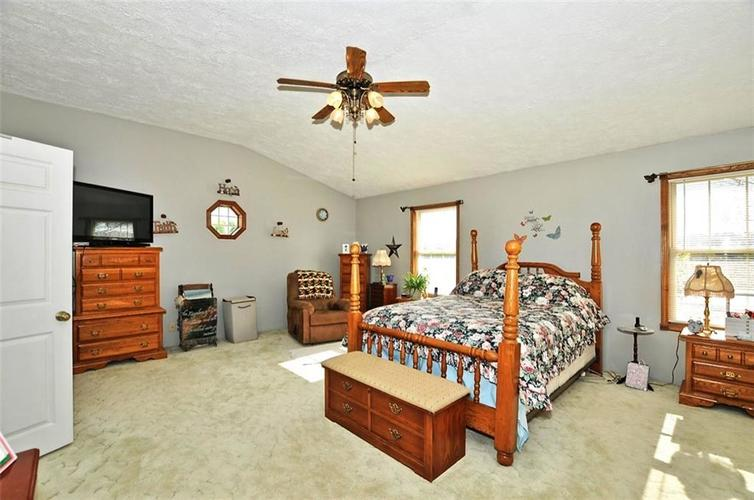 128 S State Road 1 Cambridge City, IN 47327 | MLS 21666423 | photo 21