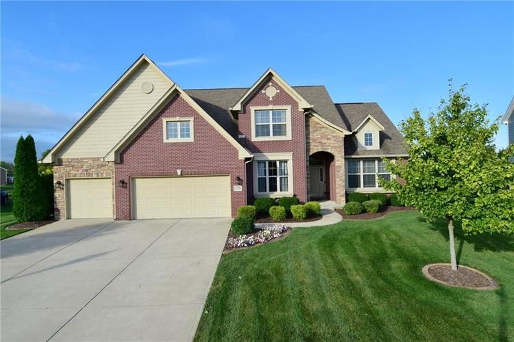 5708 Sunnyvalle Drive Bargersville, IN 46106 | MLS 21666445 | photo 1