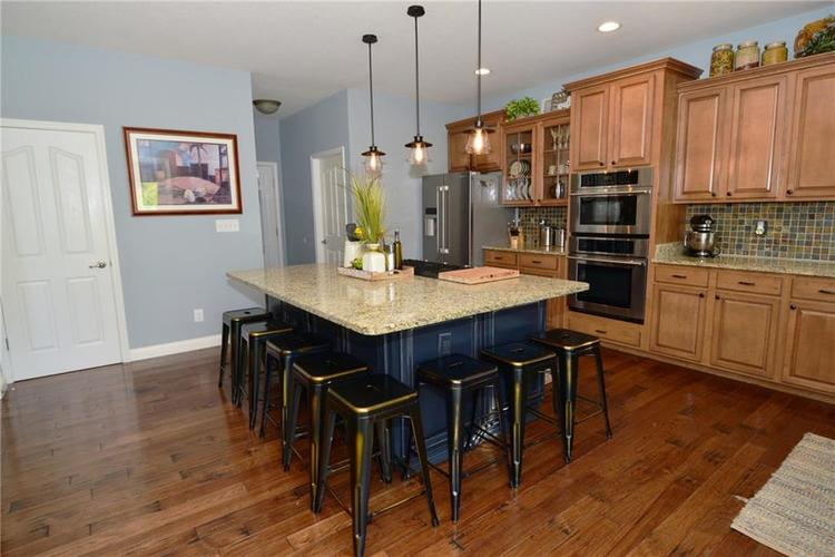 5708 Sunnyvalle Drive Bargersville, IN 46106 | MLS 21666445 | photo 13