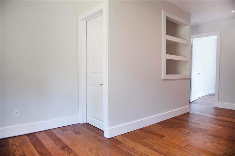 1106 N Temple Avenue Indianapolis, IN 46201 | MLS 21666459 | photo 24