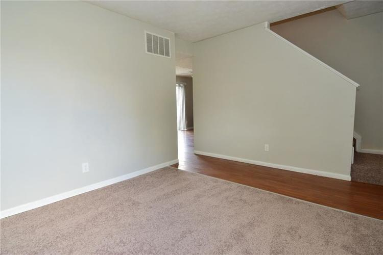 614 WOODS CROSSING Drive Indianapolis, IN 46239 | MLS 21666522 | photo 13