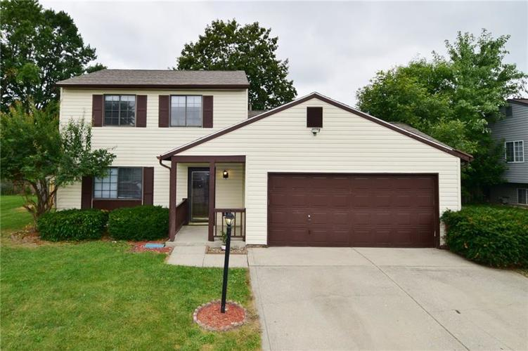 614 WOODS CROSSING Drive Indianapolis, IN 46239 | MLS 21666522 | photo 2