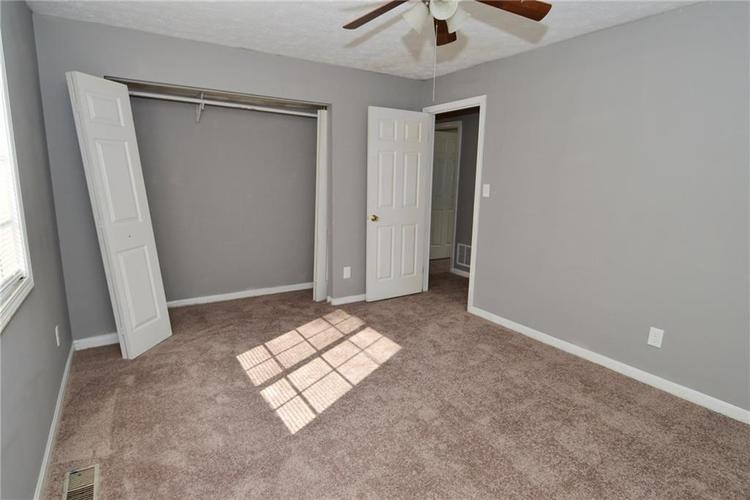 614 WOODS CROSSING Drive Indianapolis, IN 46239 | MLS 21666522 | photo 33