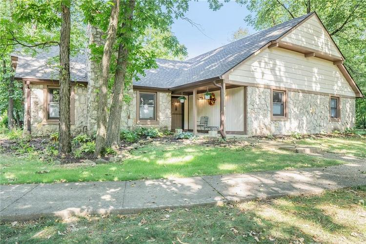 2935 Talping Row Indianapolis IN 46268 | MLS 21666540 | photo 1