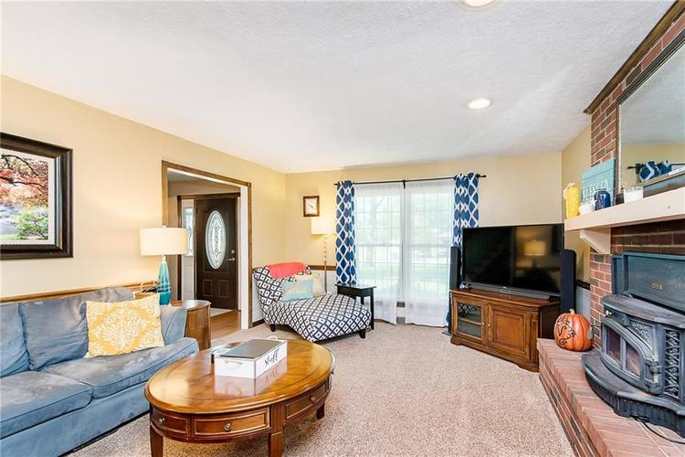 11 Park Forest South Drive Franklin, IN 46131 | MLS 21666572 | photo 19