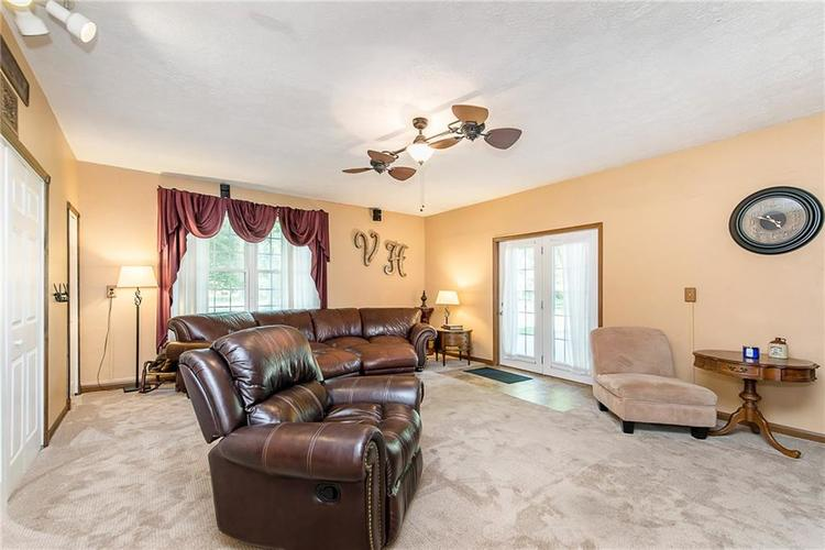 11 Park Forest South Drive Franklin, IN 46131 | MLS 21666572 | photo 22
