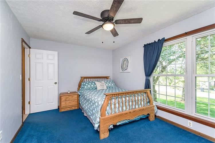 11 Park Forest South Drive Franklin, IN 46131 | MLS 21666572 | photo 30
