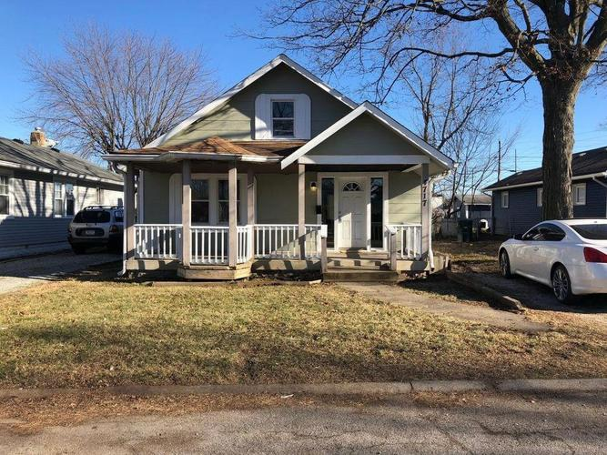 4717 Cotton Street Indianapolis IN 46226   MLS 21666689   photo 1