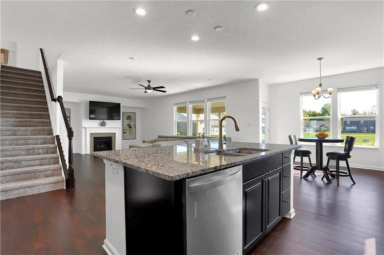 9833 Tampico Chase Fishers, IN 46040   MLS 21666713   photo 9