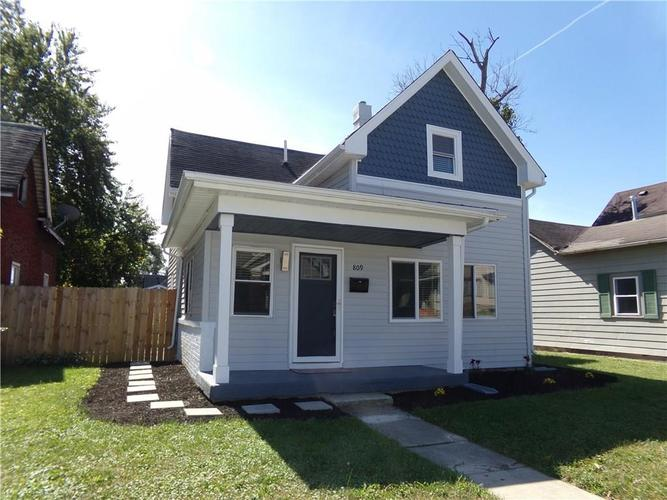 809 COTTAGE Avenue Indianapolis, IN 46203 | MLS 21666728 | photo 1