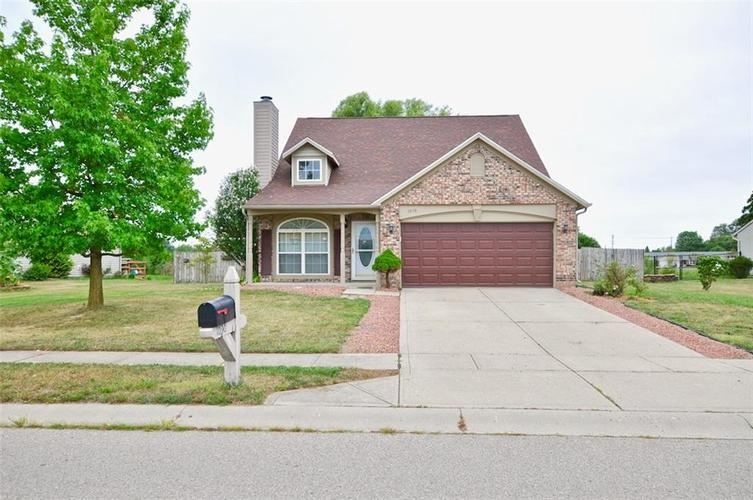 1030 Canary Creek Drive Franklin, IN 46131 | MLS 21666744 | photo 1