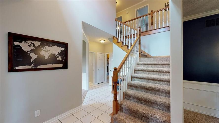 1540 Copperwood Circle E Carmel, IN 46033 | MLS 21666753 | photo 2