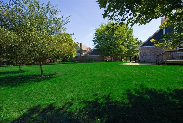 1540 Copperwood Circle E Carmel, IN 46033 | MLS 21666753 | photo 39