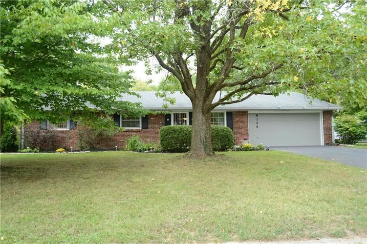 8124  Crest Hill Drive Indianapolis, IN 46256 | MLS 21666807