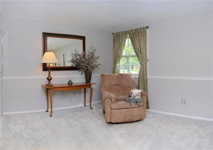 8124 Crest Hill Drive Indianapolis, IN 46256 | MLS 21666807 | photo 21