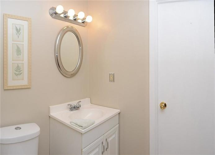 8124 Crest Hill Drive Indianapolis, IN 46256 | MLS 21666807 | photo 23