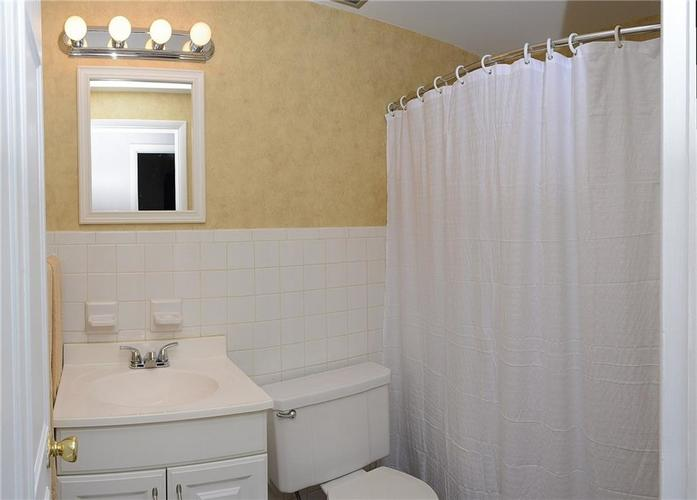 8124 Crest Hill Drive Indianapolis, IN 46256 | MLS 21666807 | photo 26
