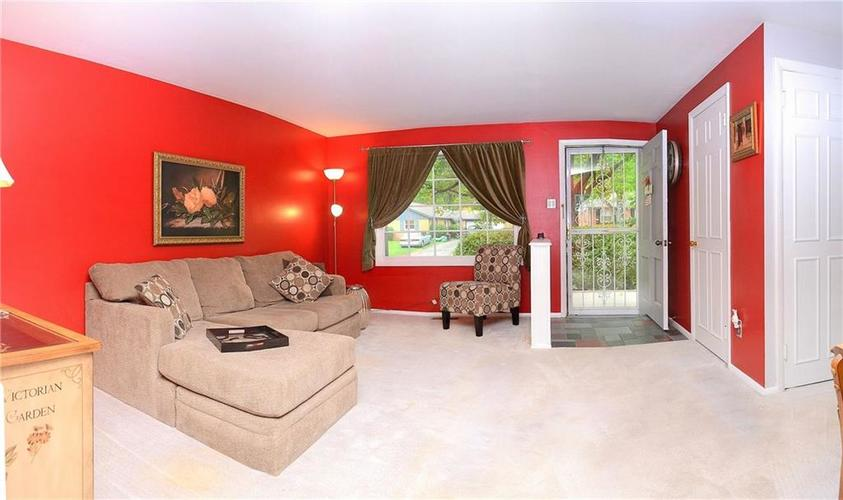 8124 Crest Hill Drive Indianapolis, IN 46256 | MLS 21666807 | photo 5