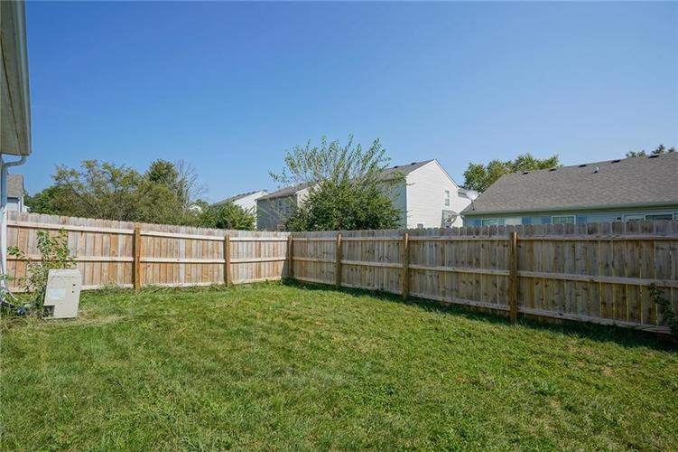 4491 Connaught East Drive Plainfield, IN 46168 | MLS 21666826 | photo 2