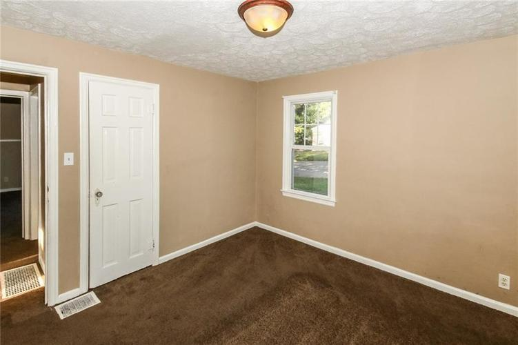 4002 E Pleasant Run Parkway North Drive N Indianapolis, IN 46201   MLS 21666883   photo 14